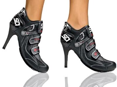женские мотоботы на каблуке